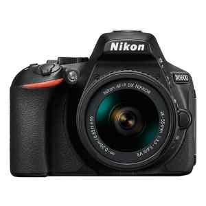 Camara nikon con un lente 18-55   D5600BK   NIKON-0